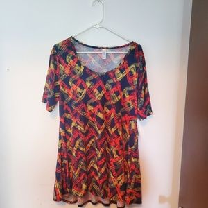 Lularoe Perfect Tee - Size Large